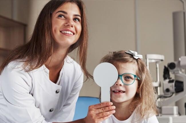 pediatric-eye-exam-3