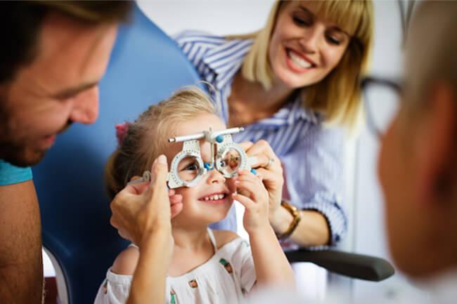 pediatric-eye-exam-4